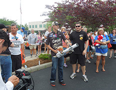 Cargil-&-Roush-Fenway-Racing-Fan-Day